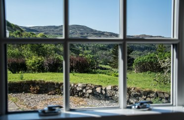 calgary-isle-of-mull-self-catering-hayloft-window-view